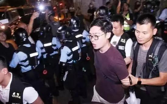 8月29日陈浩天被捕